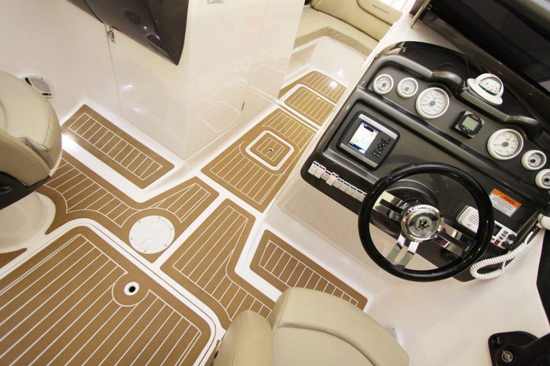 Como funciona a instalação do piso/tapetenáutico?