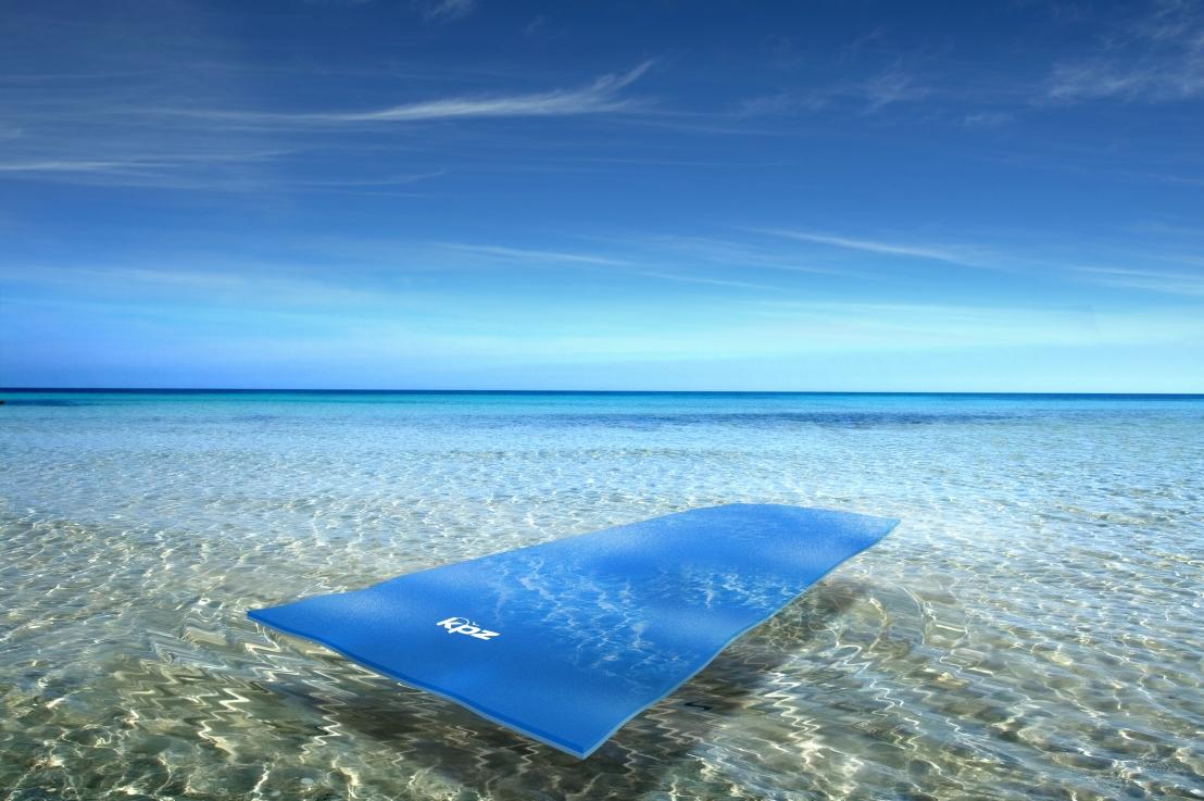 Tapete flutuante: o acessório essencial para relaxar naágua