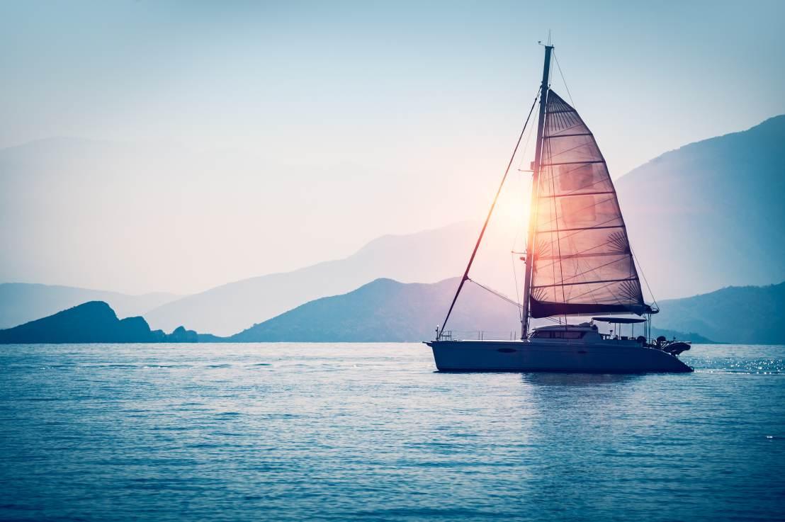 Navegação em mar aberto ou interior: veja qual é a melhor paravocê
